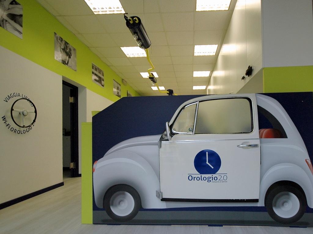 Agenzia Orologio 2.0: pratiche auto, energia e assicurazioni